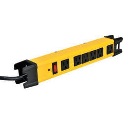 Global Industrial 6-Outlet Power Strip, 6' Cord 14/3 Lighted Switch, 15A, 1875W
