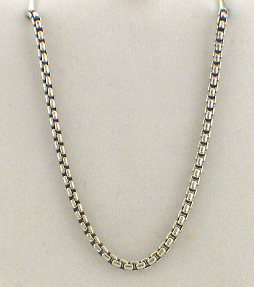 sterling silver 32 inch 1.75mm box chain weighing 11.0 grams