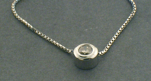 14k white gold 16inch diamond pendant with box chain weighing 1.8 dwt. D~.25ct I-J, SI2