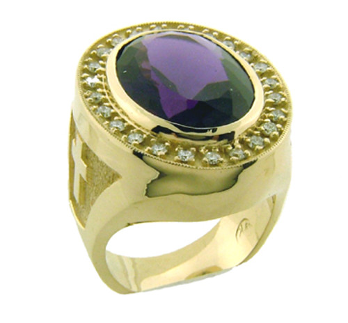 Br103 is our most popular stone ring. It has an 18 x 13mm center stone and is surrounded by diamonds weighing a total of 50/100 of a carat. The weight of the ring in 14 karat yellow gold is 39 grams.