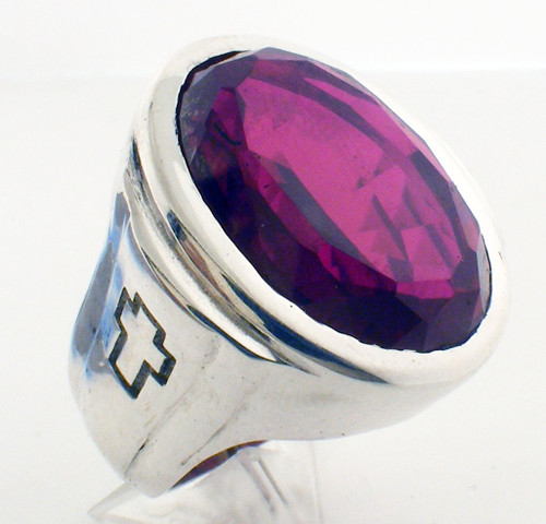 This is the largest stone ring that we make. The simulated stone is 25 x 18mm.