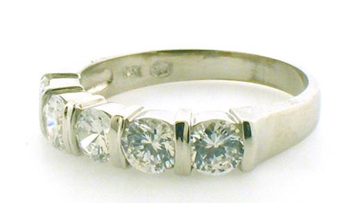 14 karat white gold cubic zirconia wedding band weighing 3.1 grams. size 7