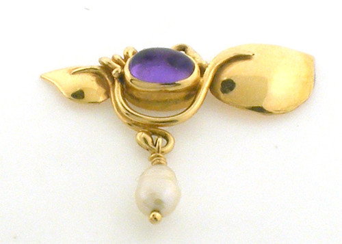 14 karat yellow gold amethyst and pearl pendant.