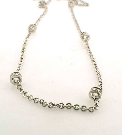 Sterling silver link and beaded chain necklace. The total weight of the necklace is 3.8 grams.