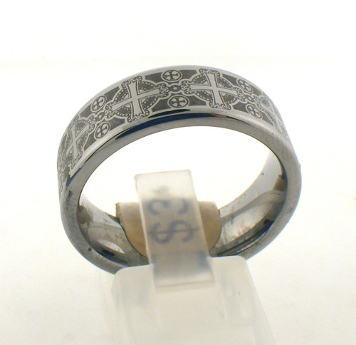 TC cross wedding ring. The total weight of the ring is 16.8 grams and is made for a finger size of 10.