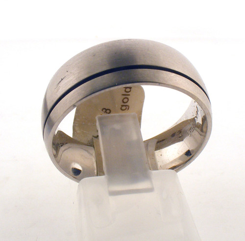 14 karat white gold wedding ring. The total weight of the ring is 9.6 grams and is made for a finger size of 10-10.25.