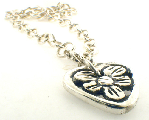 Sterling silver heart necklace. The total weight of the bracelet is 47.5 grams