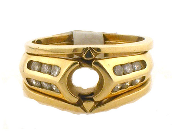 ladies 3 ring engagement set. 14k yellow gold with .36ct tw.