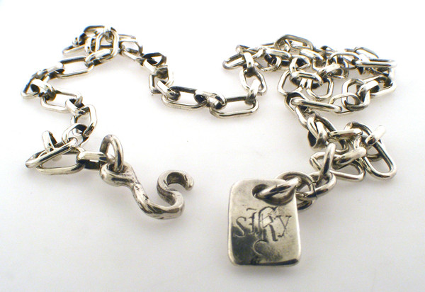 Sterling silver oval link chain weighing 10.9 grams, 16 inch