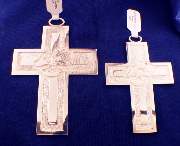 Adjutants cross- small2.5x1.75 inchesWeighs 28.6 grams in sterling silverGospel According to Ellis Collection