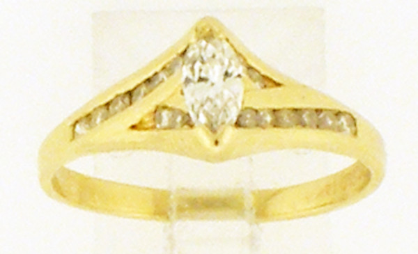This a 14 karat yellow gold Ring with a diamond center stone with diamond side stones. The dia TW is .5ct and the rings TW is 2.5 grams. The finger size for this ring is a 7.