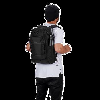 OGIO ALPHA Recon 220 Backpack (Black)