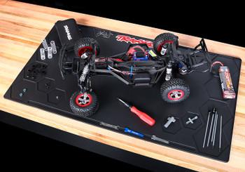 TRAXXAS Rubber pit mat, 36x20x0.25