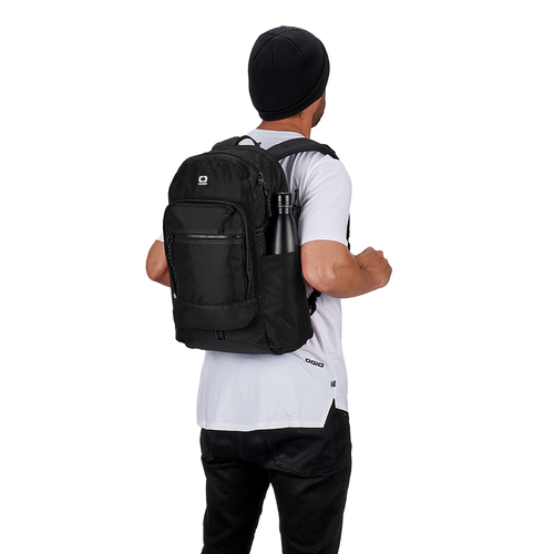 OGIO ALPHA Recon 220 Backpack (Black)