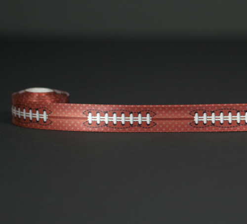 Football stitching on a brown background will make all your football themed favors a fan favorite! Designed and printed in the USA