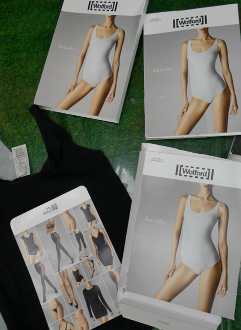 4pc $646 in WOLFORD Bodysuits & Nylons #17152G (q-4-5)