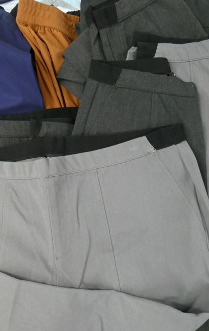 22pc $1,250 in Dressier Pants HALSTON Mizrahi #17429x (i-2-3)