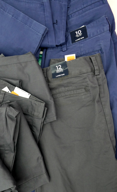 15pc $900 LANDS END Womens Chinos #17942T (F-4-1)