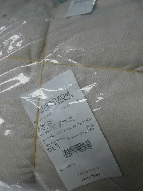 BIG STORE $305 King HFT Sheet Set LIGHT TAN #19045c (E-6-5)