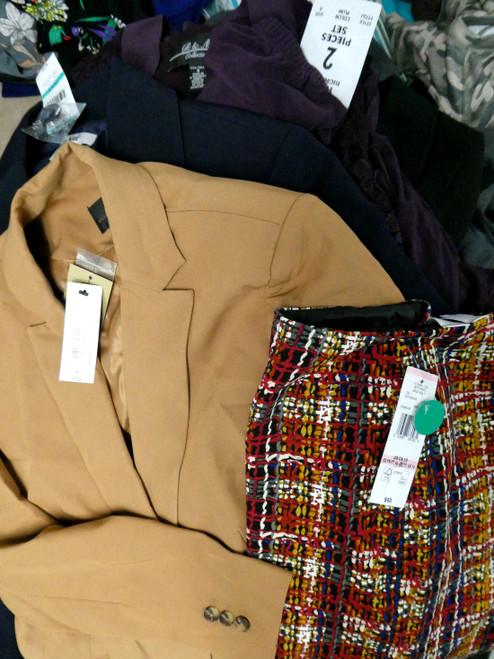 33+pc Business Clothes LE SUIT Claiborne #19204N ()