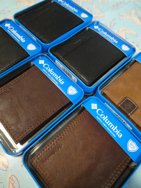 18pc Mens COLUMBIA Gift Boxed Wallets #20288ef (XX-)