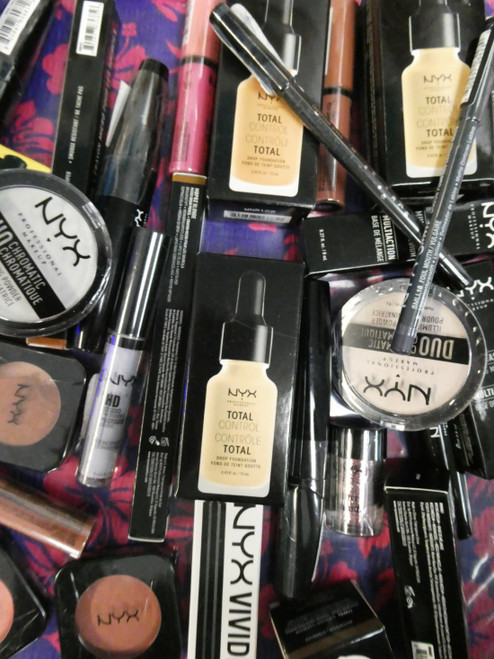38pc in NYX Makeup SHADOW Mascara FOUNDATION Liners #20968Y (G-1-2)