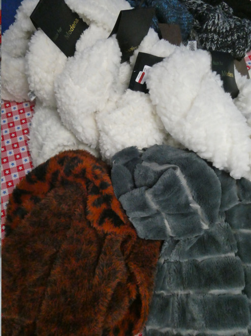 22pc *ONLY MODENA* MIX N MATCH Winter Accessory Separates #21012B (L-3-2)