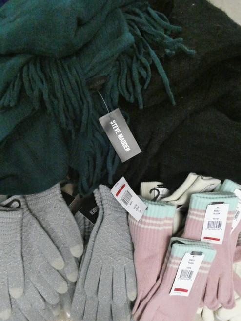 34pc *ONLY STEVE MADDEN* Womens Scarves & Gloves! #21013B ()