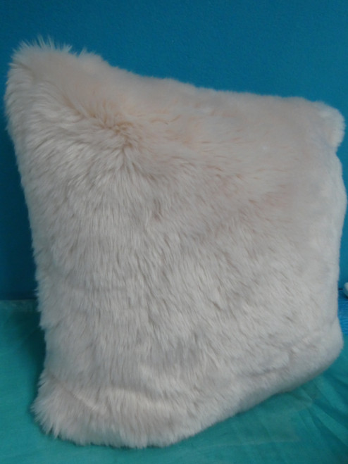 1pc RACHEL PARCELL Large Pink Peach Fur Pillow #20698G (M-2-1)
