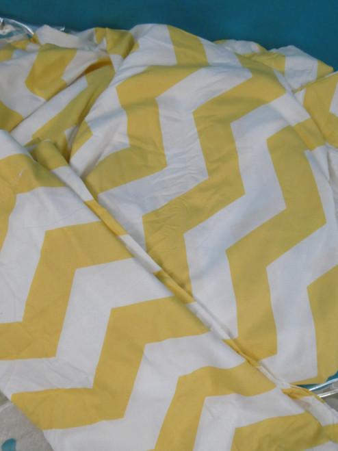 1 SET = 3pc ienjoy CHEVRON Yellow DOUVET COVER SET Microfiber #20700G (H-2-3)