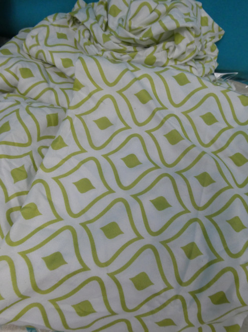 1 SET = 6pc Chic Green & White Sheet Set QUEEN #20701G (I-1-3)