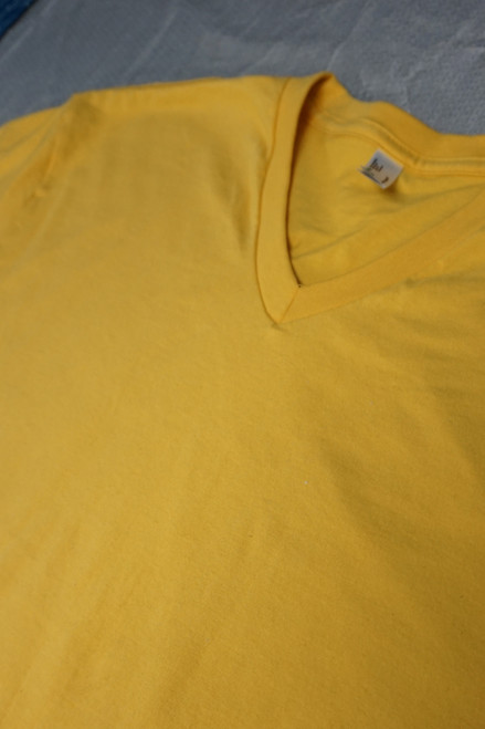 24pc Mens AMERICAN APPAREL Sustainable YELLOW Tees LARGE #22113N (M-2-3)