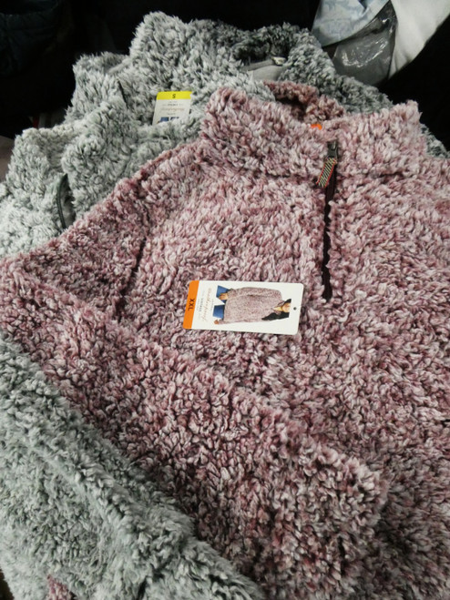 15pc Womens FURRY Pullovers Weatherproof LUKA LUX #22259x (D-3-2)