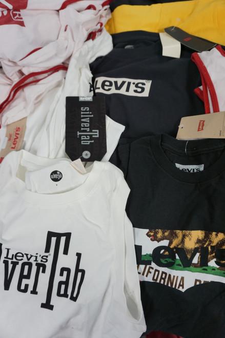 41pc Mens & Womens LEVIS Clothing Assortment #22495J (B-9-4)