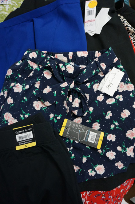 18pc Designer Womens Shorts & Skirts #22622R (b-9-2)