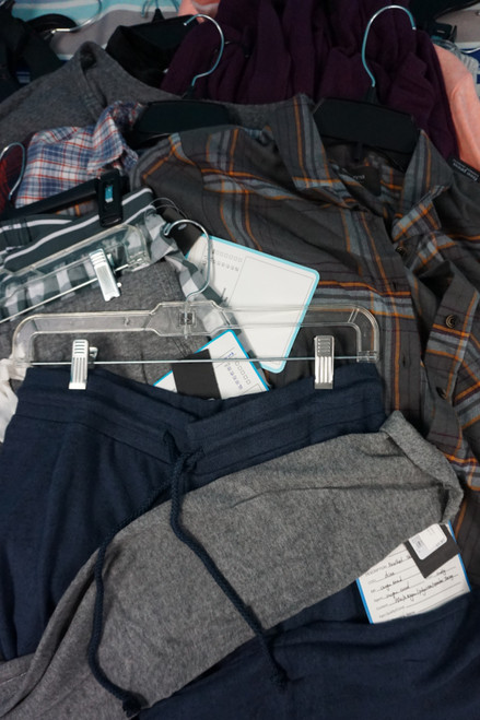 21pc Big Store Womens *FREE PRESS * Clothing  #22627T (P-4-2)