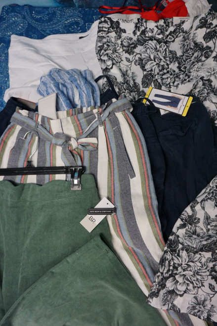 11pc Womens Designer Cloth & Beachy Pants #22654T (O-4-1)