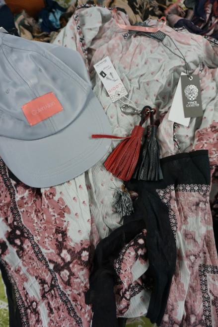 16pc VINCE CAMUTO Lodis CK Accessories & Kimonos #23056M (Z-4-3)