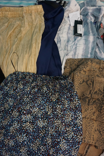 11pc Designer Womens SKIRTS ~ Great Assortment! #23205Y (V-4-5)