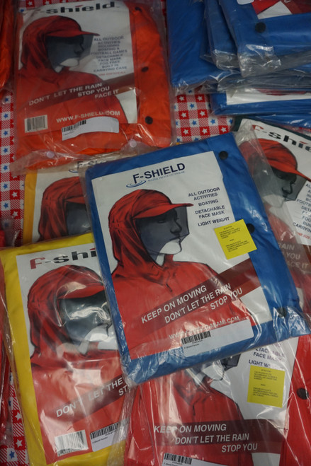 15pc F-SHIELD Rain Ponchos with Built-In Face Shield #23285c (Y-3/4-6)