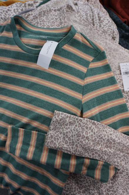18pc American Eagle Super Soft Sweatshirts / Tops #23625Y (O-2-6)