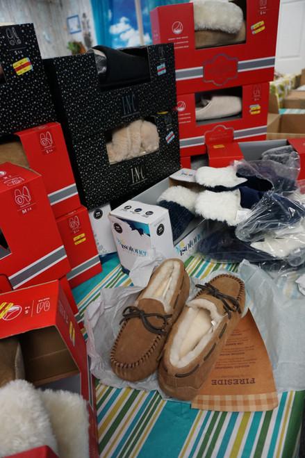 17prs M*CYS Womens  Slippers Assortment #23767F (D-2-1)