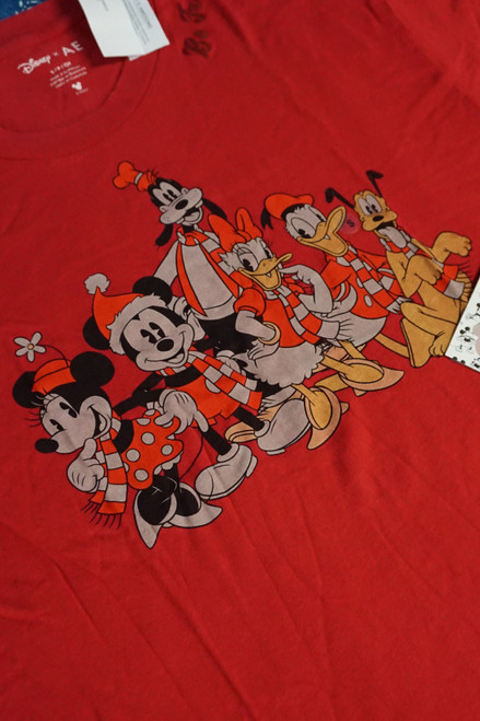 19pc MENS Limited Edition American Eagle Disney Holiday Tees XS/S #24102d ( W-1-3)