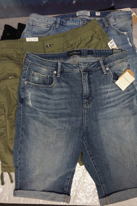 9pc Plus Size Shorts! Lucky Brand Style & Co INC #24291Q ( N-4-3)