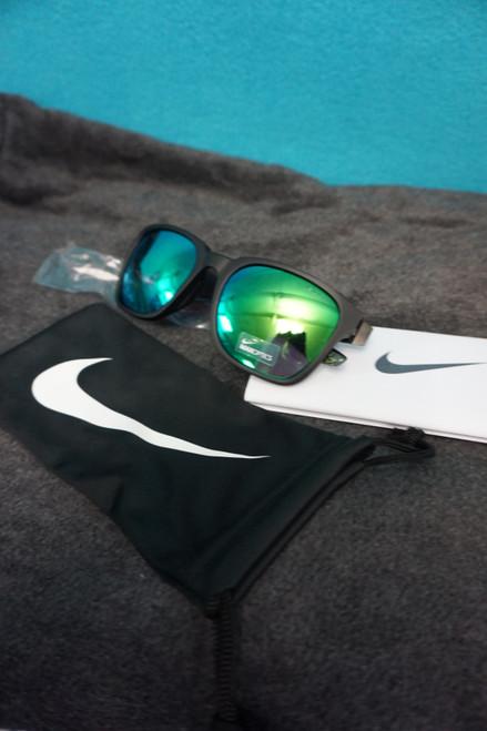 10prs Mens NIKE RECOVER AF Sunglasses BLK/GRN #24318T (I-1-3)