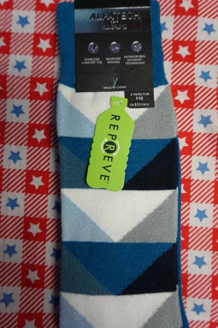 26prs AlfaTech Alfani Repreve Socks BLUE / WHITE #24430A ( L-4-3)