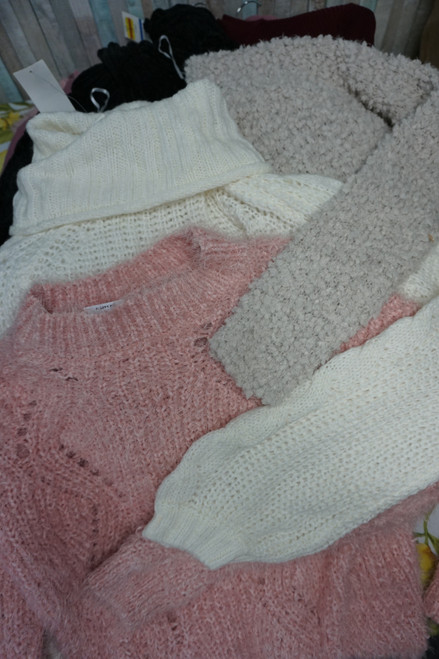 27pc M*CYS Juniors Fall & Winter Sweaters Tops #24477e ( c-4-3)