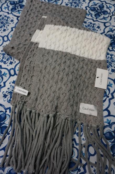 15pc Calvin Klein Gray / White Scarves #24548J (W-6-4)