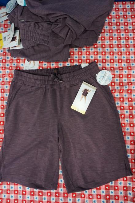 10pc Womens Mondetta Luxury Active Shorts PLUM Small #24620N (Z-10-4)