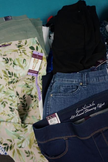 36pc Gloria Vanderbilt Shapewear Jeans Crops Capri Pants #24636Q (Y-7-1)